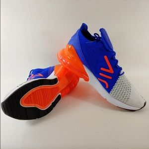 Nike Air Max 270 Flyknit Sneakers